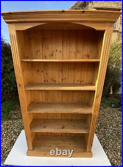 2 x Solid Wooden Book Cases 5 shelves