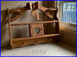 Wooden & Metal Open Wall Shelf Unit Vintage Reproduction. Display. Pegs. Bow. Vgc